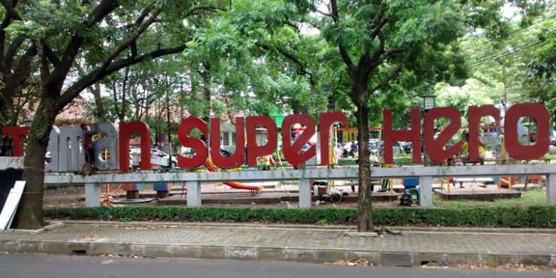 Superhero Di Taman SuperheroBandung